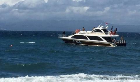 idola-boat